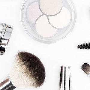 Kosmetik beim Frisör